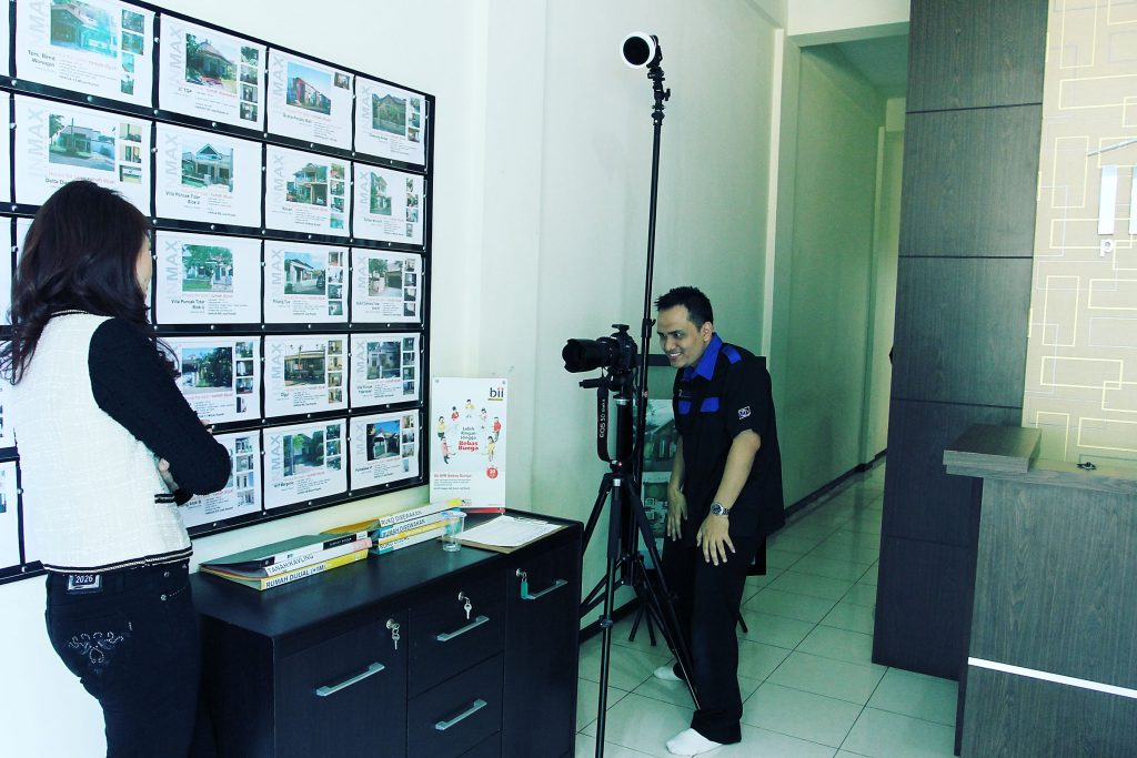 Behind the scene pemotretan Inmax Property